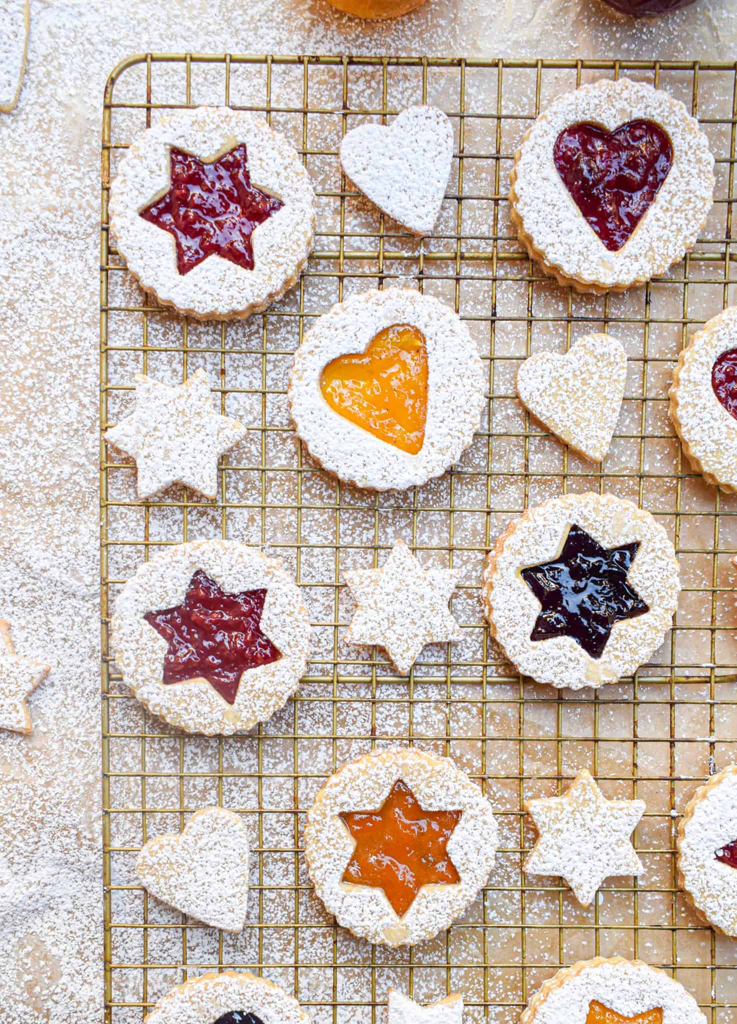linzer cookies with jam and preserves for christmas