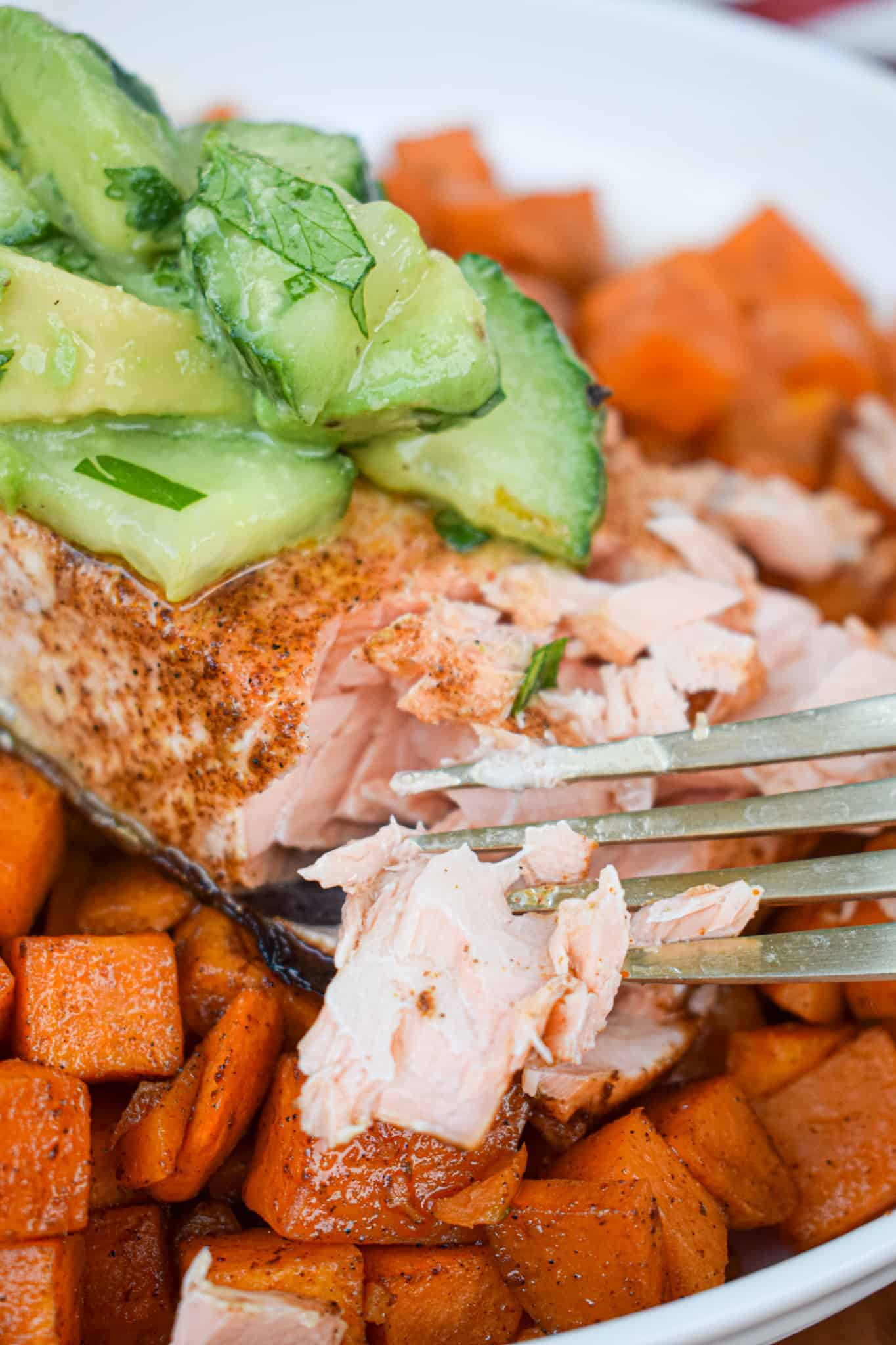 Chili Lime Salmon with Mexican Spiced Sweet Potatoes by the jam jar kitchen