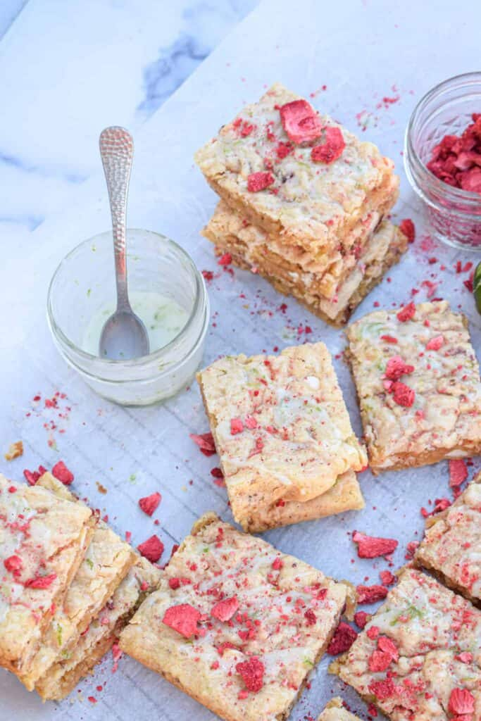strawberry & lime white chocolate blondies with lime glaze