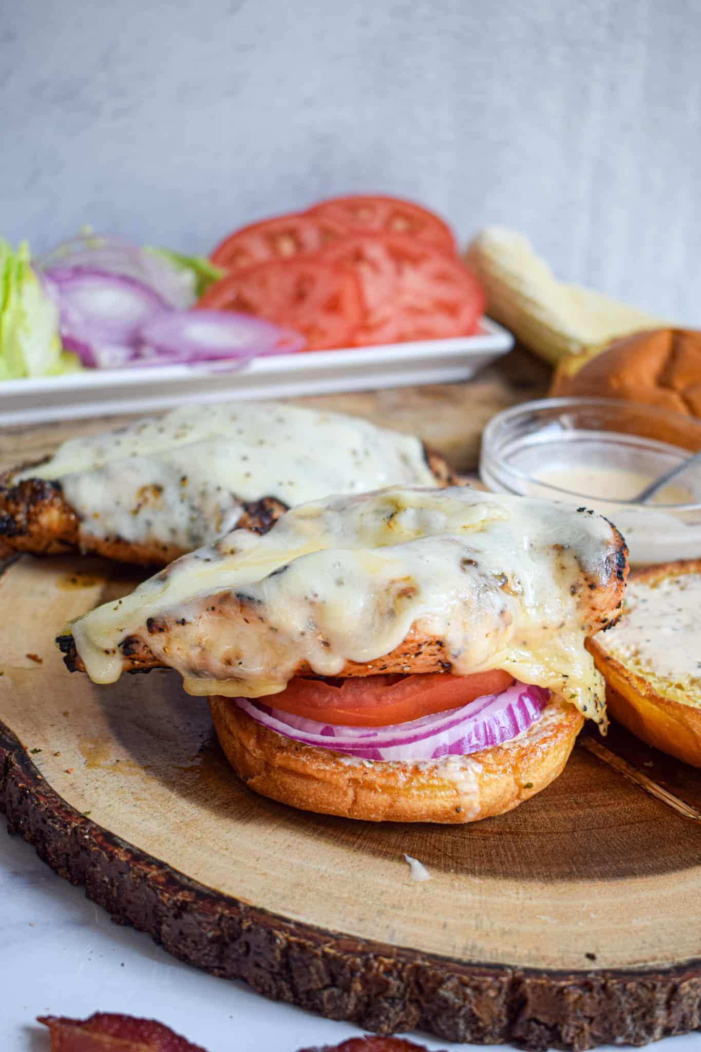assemble grilled chicken sandwiches