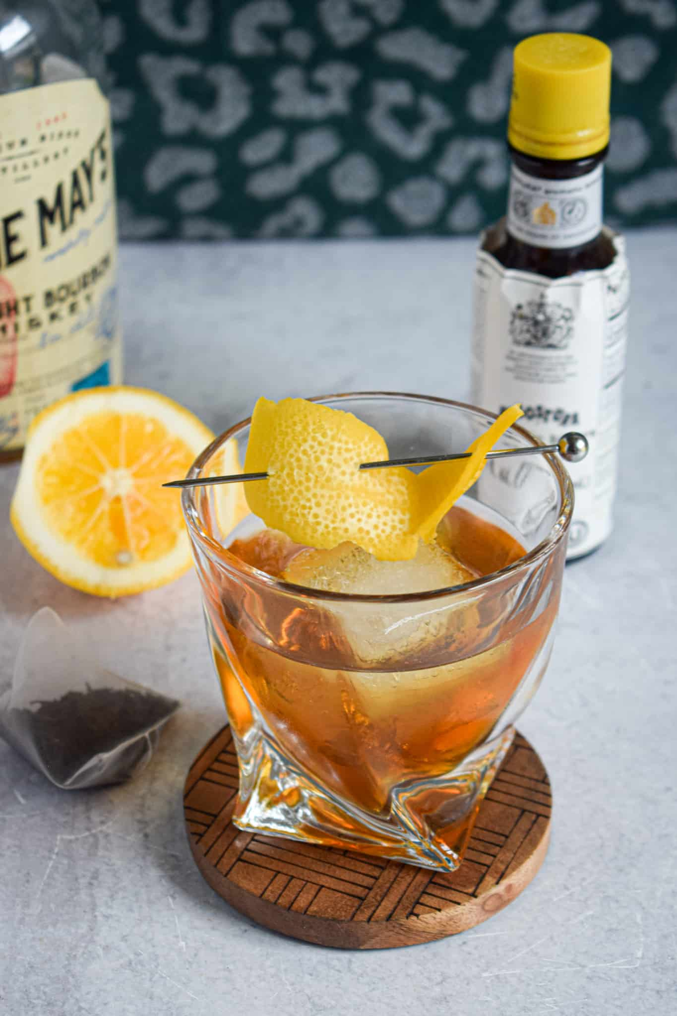 sweet tea old fashioned whiskey bourbon cocktail