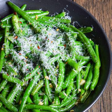 garlic butter green beans easy side dish recipe
