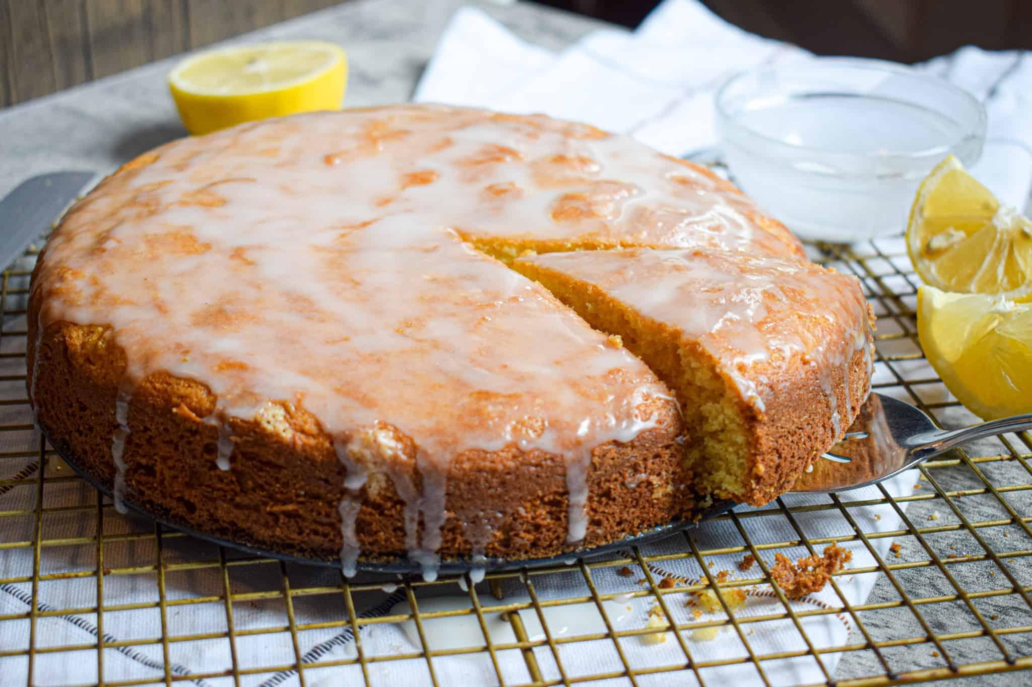 lemon ricotta cake with lemon glaze
