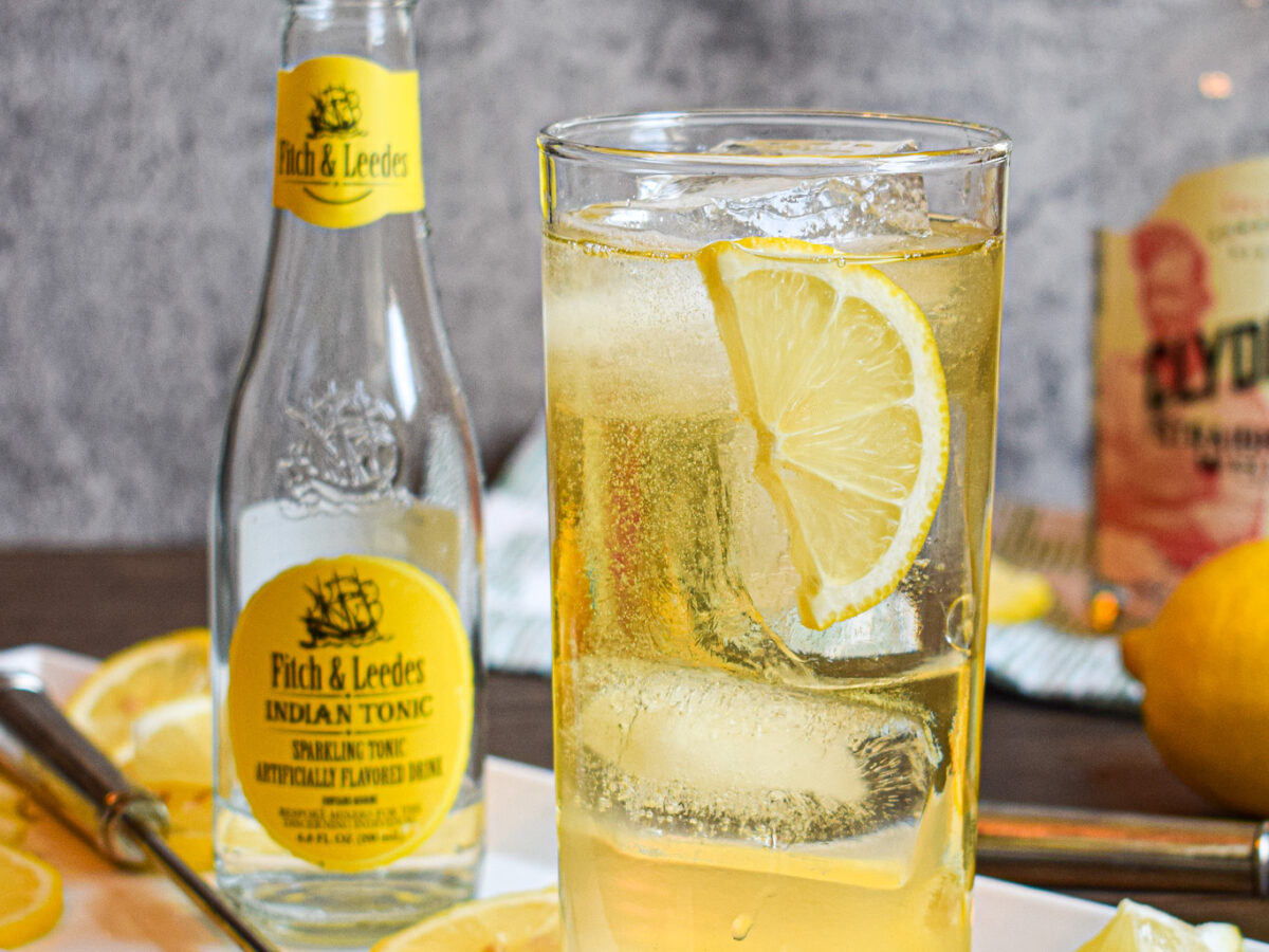 whiskey tonic cocktail