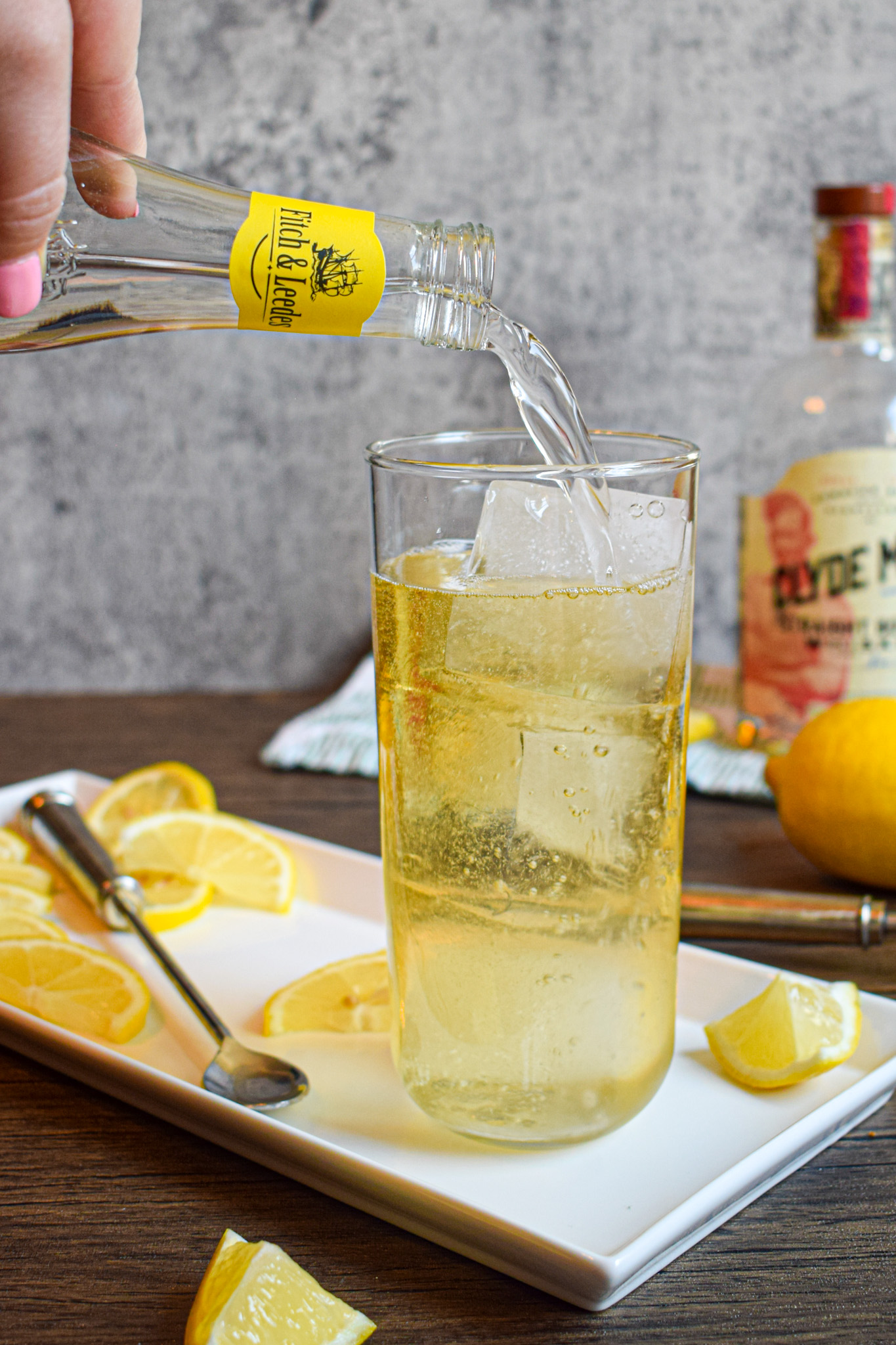 whiskey cocktail with fitch & leedes premium indian tonic and triple sec