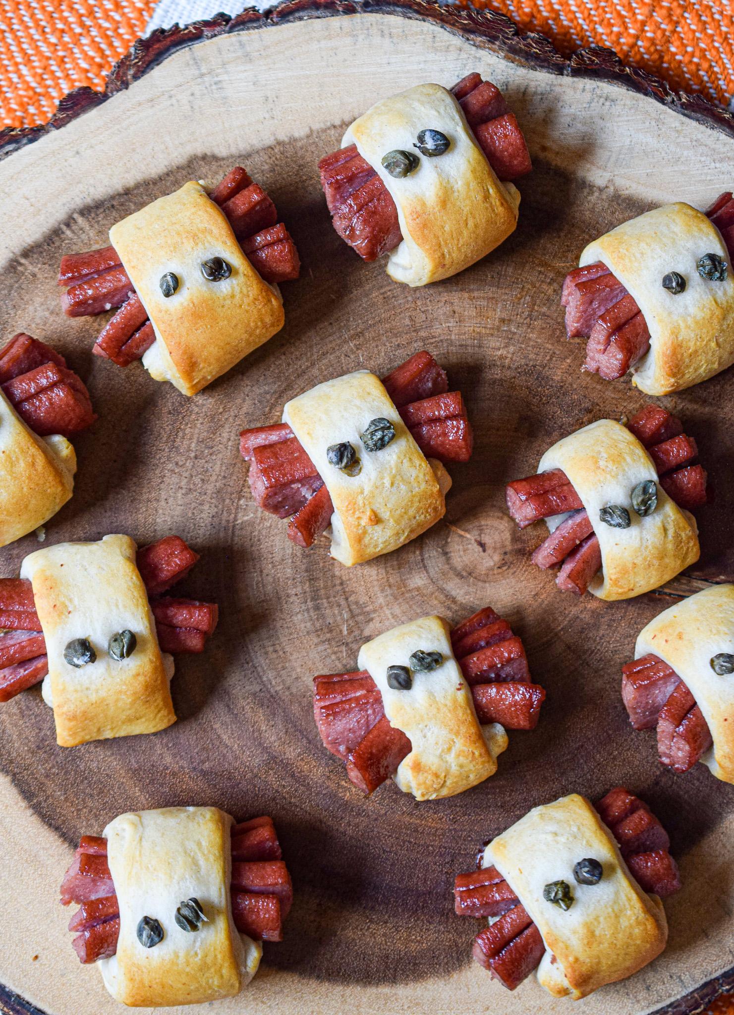 halloween snacks appetizers spider hotdogs