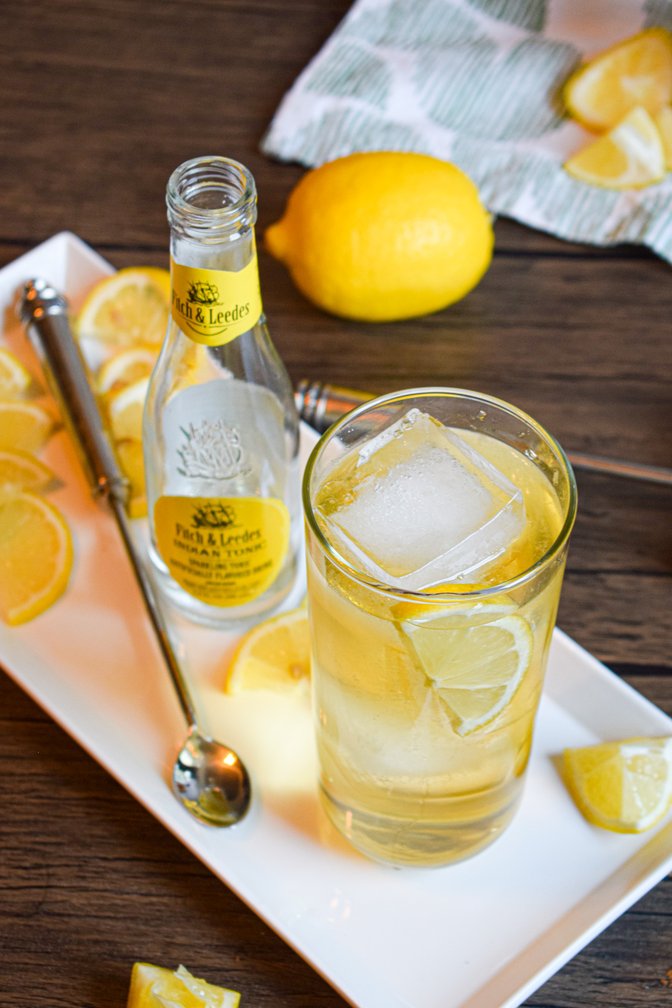 whiskey bourbon tonic cocktail with lemon juice and triple sec