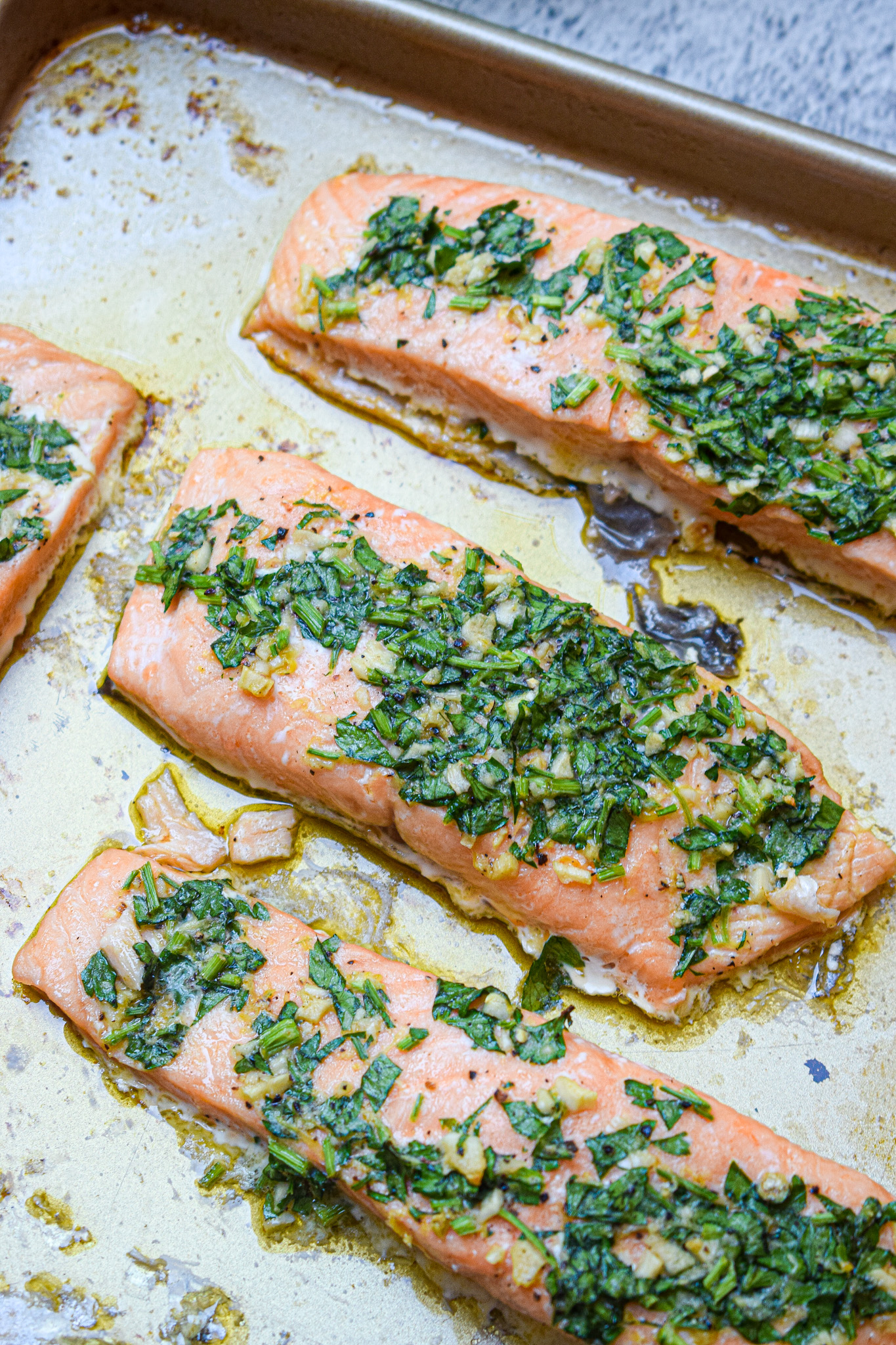 oven roasted salmon with garlic herb butter
