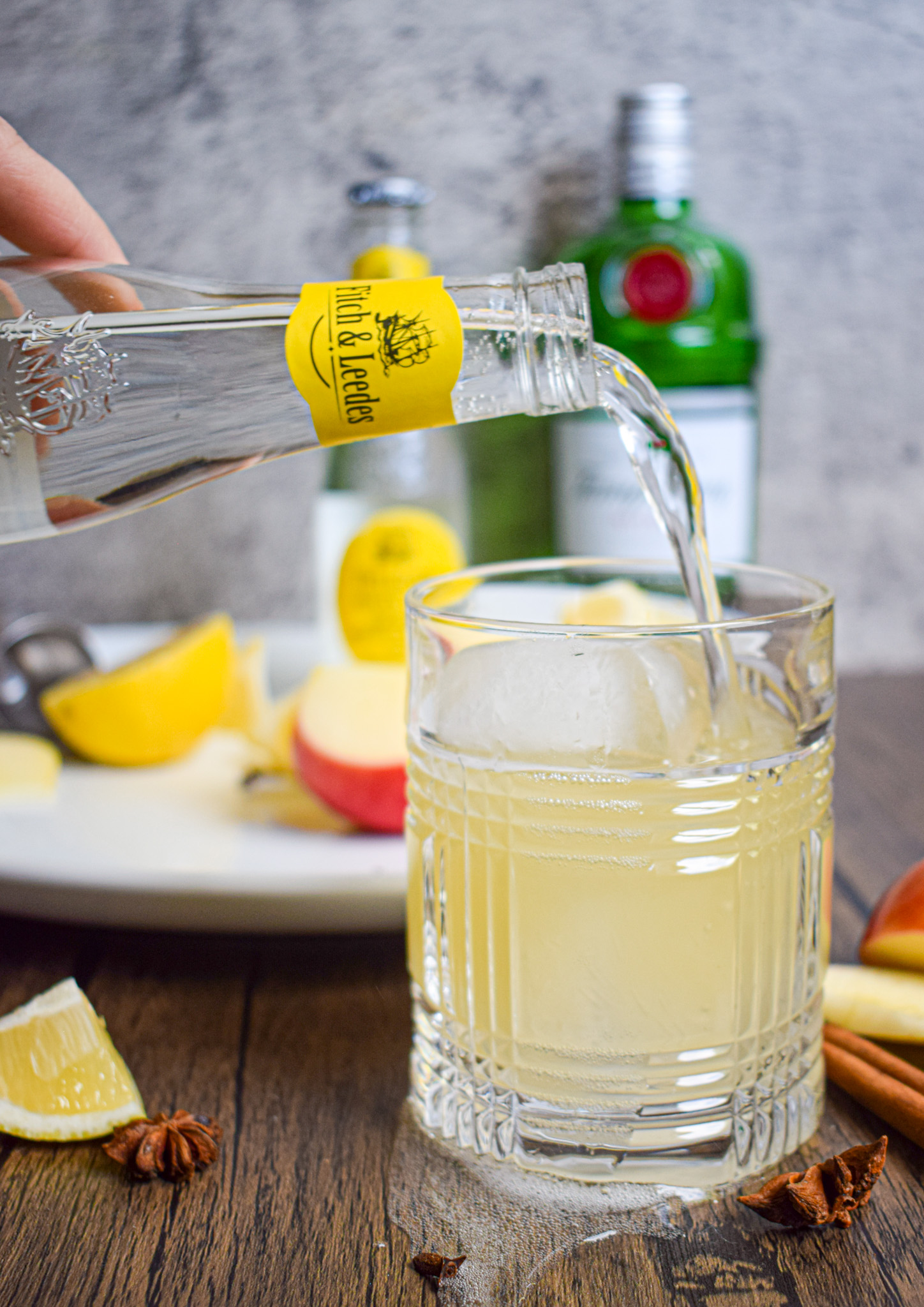 fitch & leedes premium indian tonic fall cocktail with gin